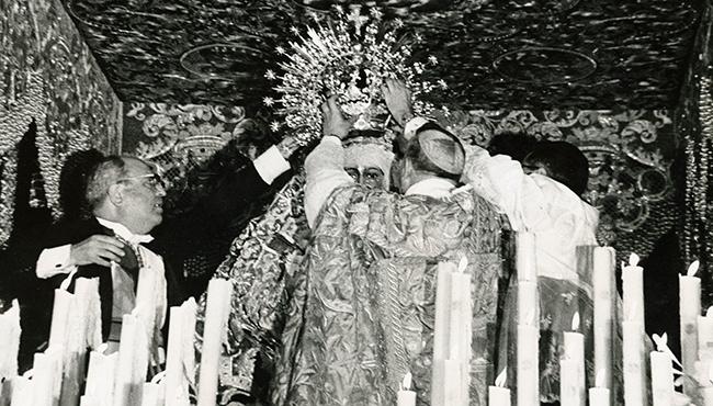 Coronación Esperanza Macarena