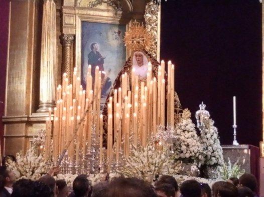Salida extraordinaria de la Virgen de los Dolores del Cerro // Carlos Iglesia