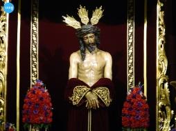 Besamanos al Señor de la Sagrada Presentación al Pueblo de San Benito // Carlos Iglesia