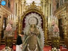 Besamanos a la Virgen del Rosario de la Macarena // Carlos Iglesia