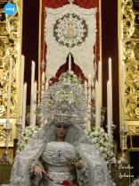 Besamanos a la Virgen de la Paz // Carlos Iglesia