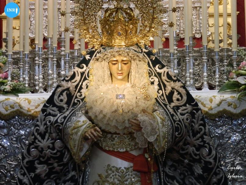 Besamanos a la Virgen de la Candelaria // Carlos Iglesia
