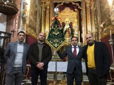 Nuevo banderín de la Agrupación Musical María Santísima del Rocío