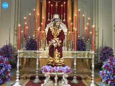 Besamanos al Señor de la Misión // Carlos Iglesia