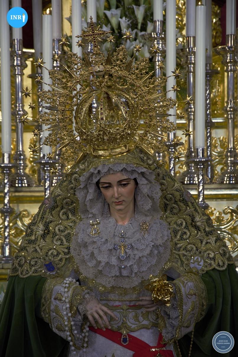 Besamanos de la Virgen de la Aurora de la Resurrección // Jesús Elías