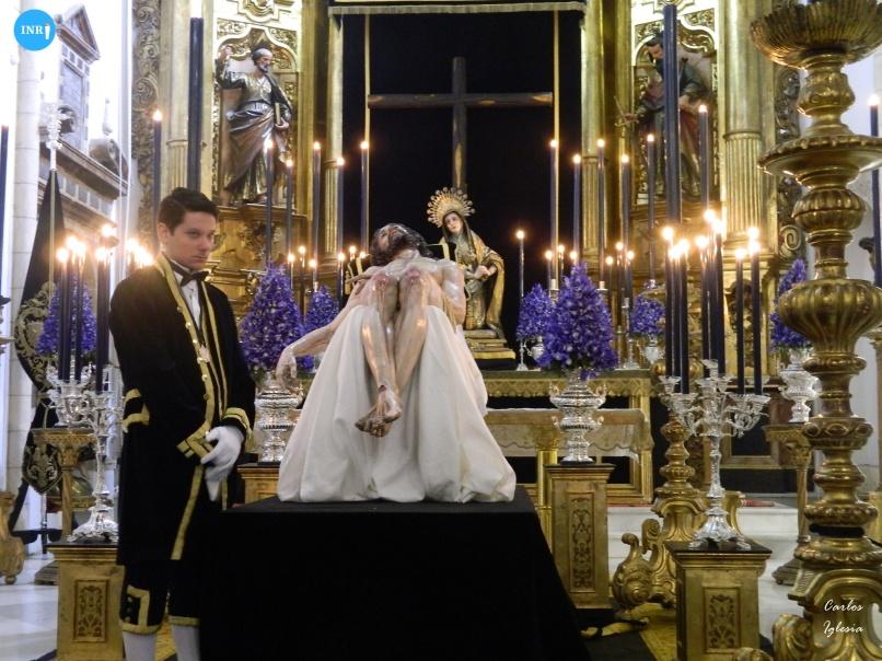 Besapiés del Cristo de la Caridad de Santa Marta // Carlos Iglesia