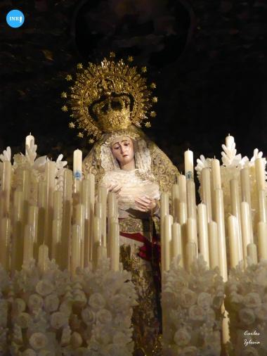 Virgen del Rosario de Monte-Sión en su paso // Carlos Iglesia