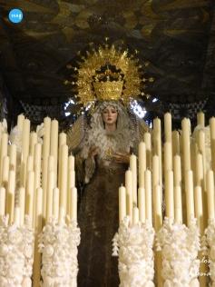 Virgen de los Ángeles de los Negritos con la corona del canasto de Seco Velasco // Carlos Iglesia