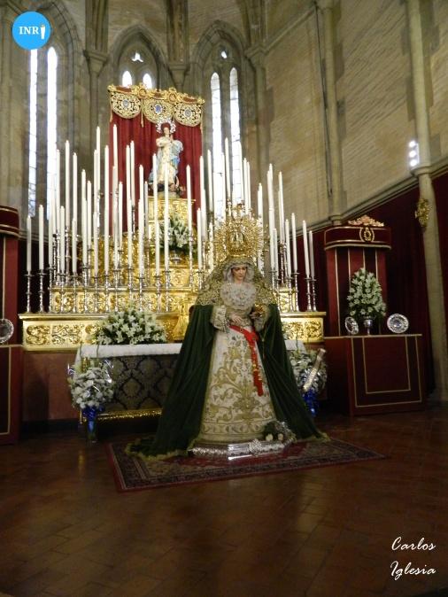 Besamanos de la Virgen de la Aurora de la Resurrección // Carlos Iglesia