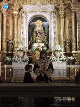 Besamanos del Señor de la Sentencia de la Macarena // Ángela Vilches