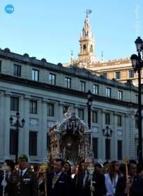 Regreso del Rocío de la Macarena tras el pregón de las Glorias // Ángela Vilches