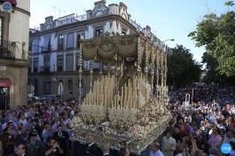 Traslado de la Virgen de los Ángeles a la catedral por su coronación // Jesús Elías