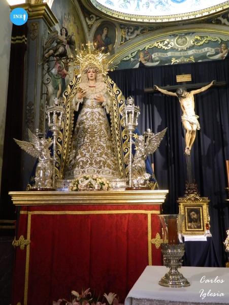 Virgen de los Ángeles de los Negritos en sus andas para el rosario vespertino extraordinario por su coronación // Carlos Iglesia