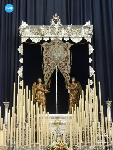 Altar de triduo para la Virgen de los Ángeles de los Negritos // Carlos Iglesia