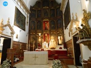 Titulares de San Roque en el altar mayor de su templo // Carlos Iglesia