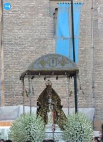 Procesión de la Virgen de los Reyes 2019 con manto verde. Ángela Vilches