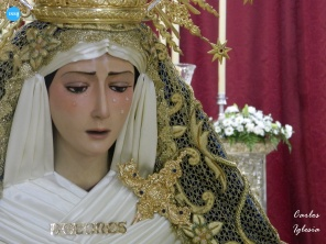 Besamanos a la Virgen de los Dolores de Torreblanca // Carlos Iglesia