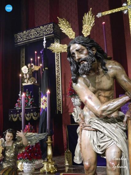 Besamanos al Señor Atado a la Columna de las Cigarreras // Carlos Iglesia