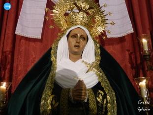 Besamanos de la Virgen de la Esperanza de Bendición y Esperanza del Polígono Sur // Carlos Iglesia