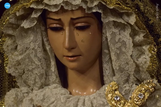 Besamanos de la Virgen de la Cabeza de las Siete Palabras // Ángela Vilches