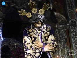Besapiés al Señor de Pasión // Carlos Iglesia