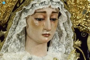 Besamanos a la Soledad de San Lorenzo // Ángela Vilches