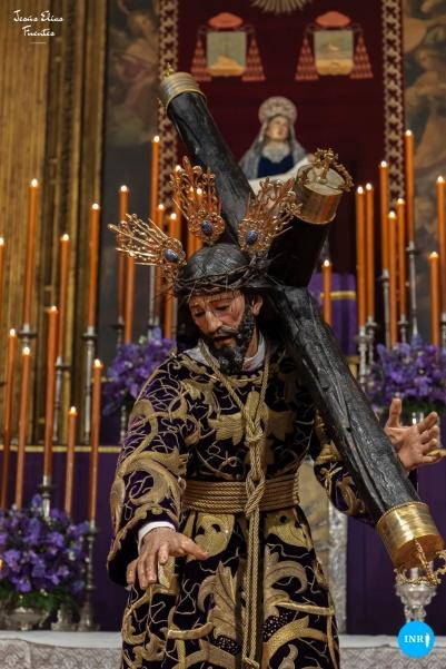 Besamanos al Señor con la Cruz al Hombro del Valle // Jesús Elías