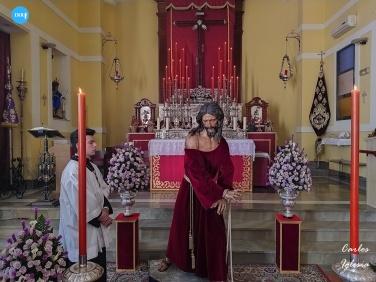 Besamanos al Señor de la Eseranza en el Puente Cedrón de la Milagrosa // Carlos Iglesia