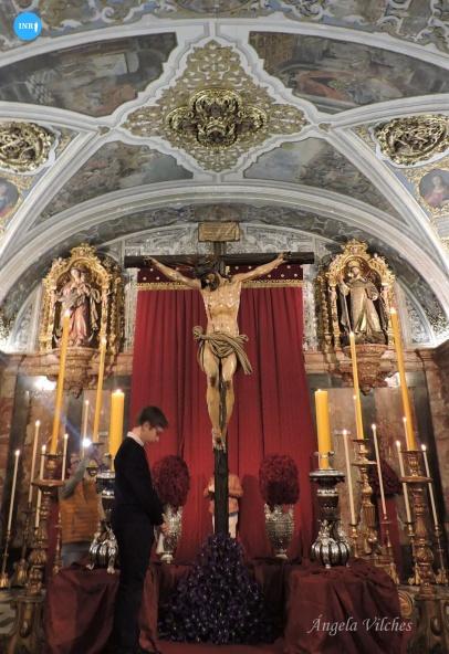 Besapiés al Cristo del Calvario // Ángela Vilches