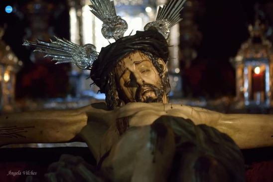 Besapiés al Cristo del Desamparo y Abandono del Cerro // Ángela Vilches
