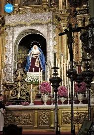 Besapiés al Señor de la Sentencia de la Macarena // Ángela Vilches