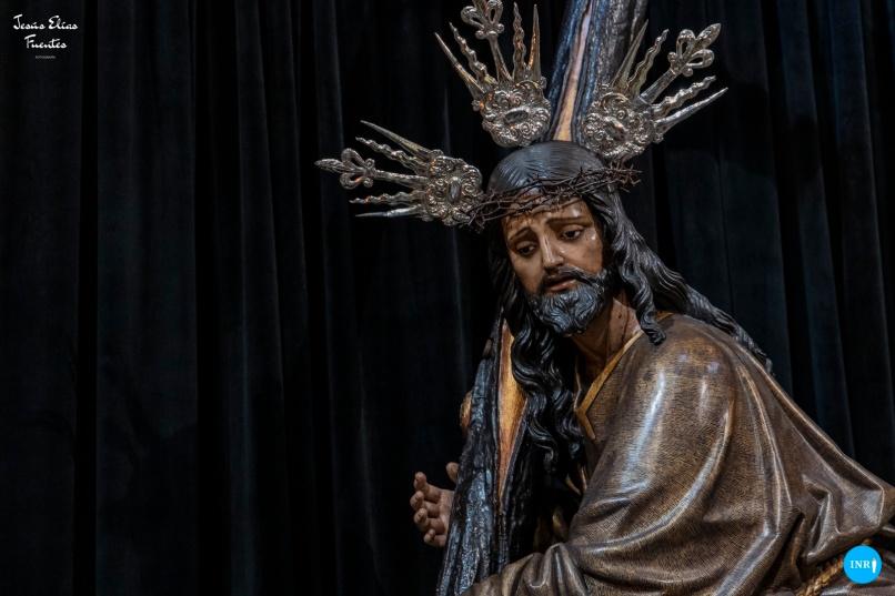 Besapiés al Cristo de la Corona // Jesús Elías
