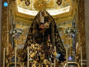 Titulares de los Gitanos tras la reapertura del santuario // Carlos Iglesia
