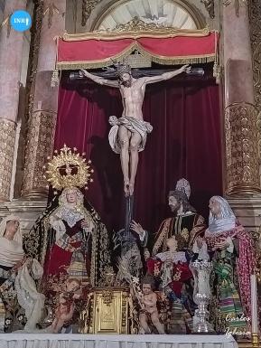 Altar de quinario del Cristo de los Desamparados del Santo ángel // Carlos Iglesia