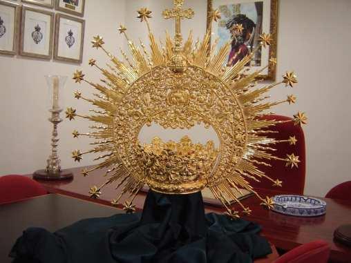 Corona de camarín de la Virgen de la Esperanza de Triana