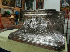 Peana de la Virgen del Amparo