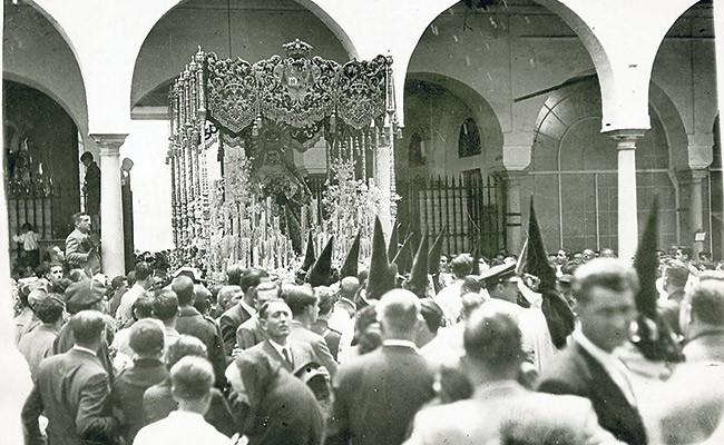 Macarena en el hospital de las Cinco Llagas 1937