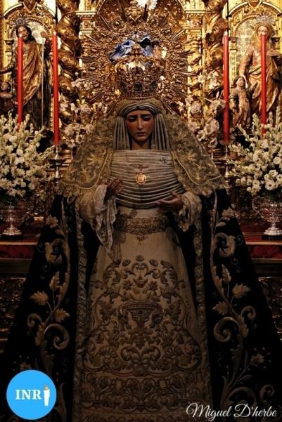 Veneración a la Virgen del Dulce Nombre // Miguel D'herbe