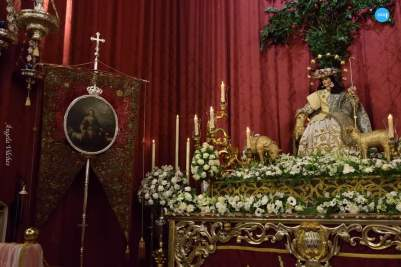 Veneración a la Pastora de Santa Marina // Ángela Vilches