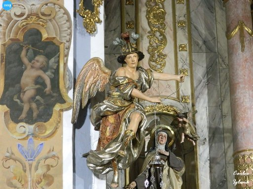 Ángeles lampareros del Santo Ángel // Carlos Iglesia