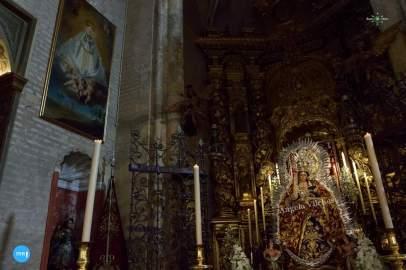 Veneración a Madre de Dios del Rosario // Ángela Vilches
