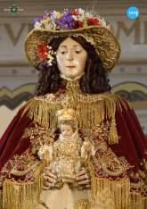 Virgen del Rocío de Pastora con el traje de los Montpesier // Ángela Vilches