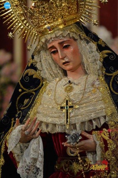 Veneración de la Virgen del Subterráneo de la Cena // Benito Álvarez