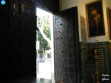 Puerta de la capilla de la Quinta Angustia // Carlos Iglesia