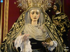 Veneración de la Virgen de Gracia y Amparo de los Javieres // Carlos Iglesia