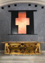 Montaje de los retablos en la capilla de la Estrella