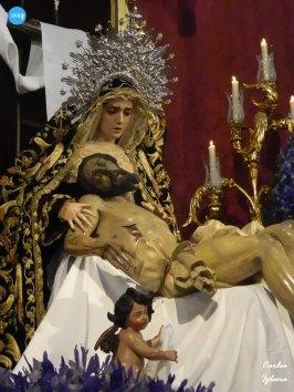 Veneración de la Virgen de la Piedad // Carlos Iglesia