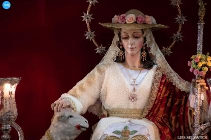 Veneración a la Pastora de Padre Pío // Luis Selvático