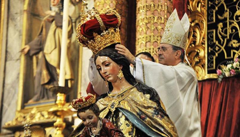 Coronación de la Virgen del Carmen del Santo Ángel // Sevilla Press
