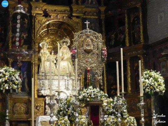 Simpecado del Rocío de Triana // Carlos Iglesia